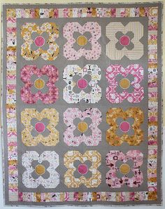 Daisy Cottage Quilt.  Want to make this one!!