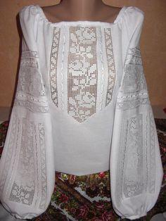 Неймовірно красива вишиванка, жіноча вишивана блузка на домотканому полотні (Арт. 02050)
