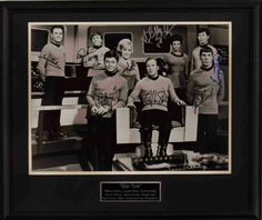 Star Trek  William Shatner, Leonard Nimoy, DeForest Kelly, Nichelle Nichols, James Doohan, George Takei, Majel Barrett, Walter Koenig and Gene Roddenberry
