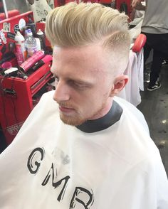 Haircut by barberstacie http://ift.tt/228AuY8 #menshair #menshairstyles #menshaircuts #hairstylesformen #coolhaircuts #coolhairstyles #haircuts #hairstyles #barbers