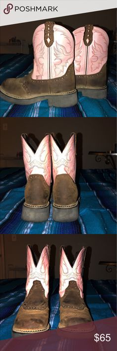 Justin Gypsie Cowgirl boots. Super cute. Adorable cowgirl boots. Great deal! Justin Boots Shoes Combat & Moto Boots