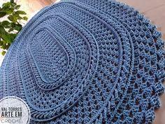 Tapete de crochê modelo russo passo a passo Crochet Rug Patterns, Crochet Doilies, Crochet Stitches, Crochet Hats, Crochet Carpet, Crochet Home Decor, Sgraffito, Floor Rugs, Nutella