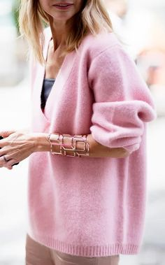love this cozy pink sweater   via Kendi Everyday
