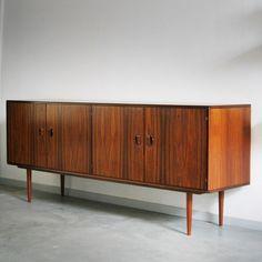 Art of Vintage: Sideboard, credenza, Fristho, palissander