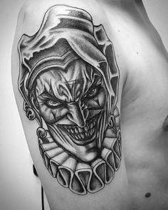 tattoo ideas running Good And Evil Tattoos, Scary Tattoos, Cool Tattoos For Guys, Jester Tattoo, Clown Tattoo, Tattoo Sleeve Designs, Tattoo Designs Men, Sleeve Tattoos, Hand Tattoos