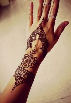 18110416 henna tattoo designs. white henna tattoo design. there is ...