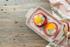 Change+up+your+morning+routine+with+these+unique+stuffed+peppers.+For+extra+protein,+add+in+grass-fed+meat. Image:+Pinterest+via+Stupid+Easy+Paleo