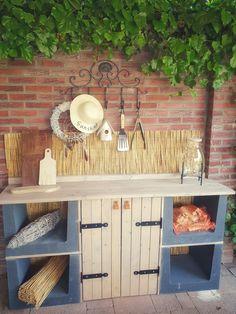 Garden Solutions, Aquaponics, Outdoor Entertaining, Wonderful Things, Amazing Gardens, Garden Furniture, Backyard Landscaping, Decoration, Outdoor Living