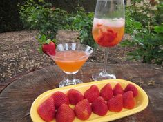 2 Strawberry Cocktails for Spring from @Samantha Hobbs