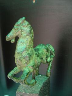 Margot Hudig-Heldring: Zeer fraai bronzen paardje