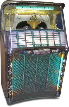 Jukebox London :: Wurlitzer Model 2104 jukebox of 1957