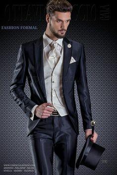 #collections #Worldwide WWW.OTTAVIONUCCIO.COM WWW.COMERCIALMOYANO.COM MadeinItaly #trajesazules trajes de novio
