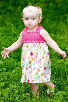 I made this for Summer when she was a newborn, but it had pink ruffles at the bottom also and flowers and ribbon around the waste. Crochet Yoke, Crochet Fabric, Love Crochet, Crochet Baby, Boho Summer Dresses, Dress Summer, Diy For Girls, Diy Clothing, Little Girl Dresses