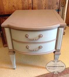 Beautiful soft matte finish created with Fusion Mineral Paint in Algonquin and Inglewood by Tattered Gypsy
