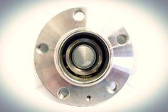 Mozo / cubo de rueda para Volkswagen BORA 2003 en adelante, GOLF 2000 en adelante, NEW BEETLE 2000 al 2005. http://articulo.mercadolibre.com.ve/MLV-417717854-1j0501611d-mozo-cubo-de-rueda-para-vw-bora-golf-nbettle-_JM