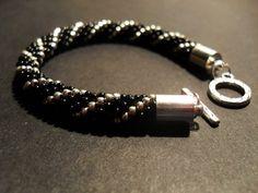 #05 #toho #beads #blackandwhie #classic