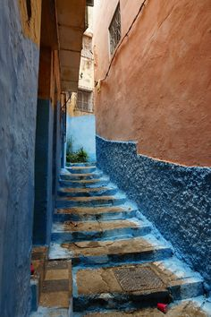 Fascinating Tangier - http://www.travelandtransitions.com/destinations/destination-advice/africa/morocco-travel-map-things-todo/