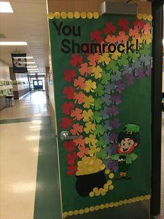 Door Decorations For Kids Kindergarten 30 Ideas Kindergarten Door, Preschool Door, Preschool Classroom Decor, Classroom Door, Fall Classroom Decorations, School Door Decorations, St Patrick's Day Decorations, Class Decoration, San Patrick Day