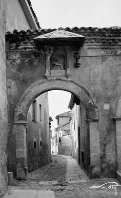 Puerta de la Claustra, Segovia. 1927-1936. Antonio Passaporte. Archivo Loty. IPCE.