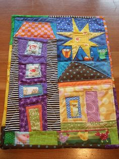 I found this file with at least 50 more house blocks in a few days ago. House Quilt Patterns, House Quilt Block, House Quilts, Quilt Blocks, Scrappy Quilts, Mini Quilts, Textiles, Missouri Quilt Tutorials, Bird Quilt