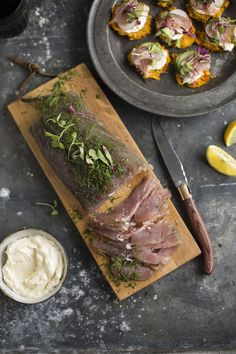 tuna gravadlax with