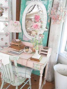 Italian Tole lamp Vintage flowers marble base shabby chic cottage