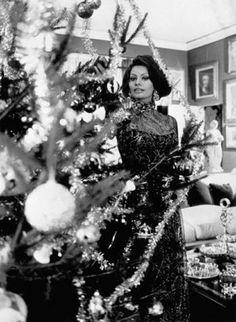 Sophia Loren -  Vintage Hollywood Christmas with Glamour