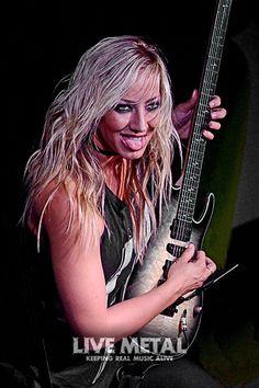 Nita Strauss, Hot Band, Rock Chick, Rockers, Musical Instruments, Black Metal, Singers, Beautiful People, Bands