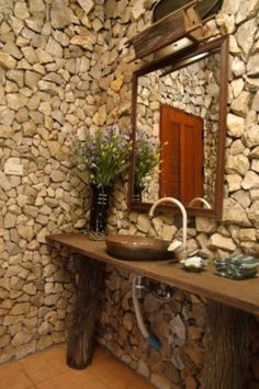 50 Wonderful Stone Bathroom Designs | DigsDigs