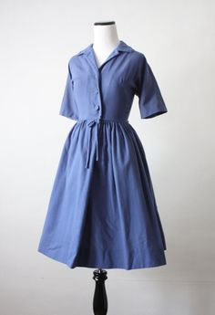 just love this vintage 50's dress...