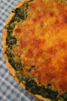 Quiche de espinacas y queso Cheese Quiche, Spinach And Cheese, Quiches, Pepper Jelly Recipes, My Favorite Food, Favorite Recipes, Brunch, Empanadas, Bon Appetit