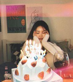 22nd Birthday, Sweet 16 Birthday, Girl Birthday, Cute Birthday Pictures, Birthday Photos, Birthday Photography, Girl Photography Poses, Tumblr Birthday, Happy Birthday Wallpaper