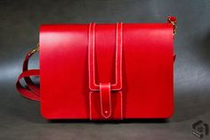Red leather crossbag  Italian vegetable leather col.red     Lin cable #532 col. 105 naturel