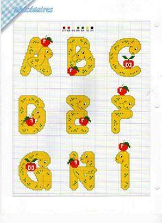 El gusano alfabeto 1 Monogram Alphabet, Alphabet And Numbers, Cross Stitch Letters, Letter Patterns, Plastic Canvas Patterns, Cross Stitching, Stitch Patterns, Scrapbook, Embroidery