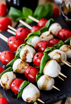 Caprese Skewers from The Recipe Critic is on our list of the Best Caprese Recipes - Caprese Skewers are 4 ingredient appetizers that are so simple to make but guaranteed to impress! Made with cherry tomatoes, mozzarella, fresh basil, and an easy balsam Tomato Mozzarella Skewers, Caprese Salad Skewers, Mozzarella Caprese, Salade Caprese, Mozarella, Caprese Salad Recipe, Salad Recipes, Caprese Salad Cherry Tomatoes, Caprese Chicken