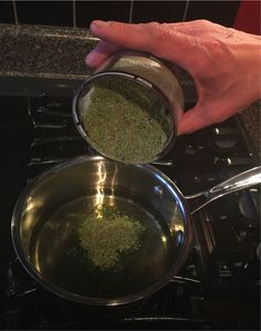 Most people have made cannabutter for cooking but cannabis infused oil is another great way to cook with with cannabis, just like cannabutter, cannaoilis easy to make and can be substituted in may recipes. From brownies to drizzling over a pasta, cannaoil is a versatile way to cook with cannabis. Ingredients: 6 cups vegetable or…