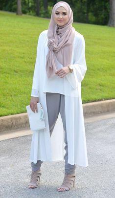 http://www.hijabiworld.com/new-3-easy-summer-hijab-tutorials/
