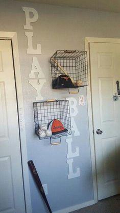 20 cool DIY shelf ideas to improve your boy's room wall – DIY diy - DIY Kinderzimmer Ideen Big Boy Bedrooms, Kids Bedroom, Bedroom Decor, Boy Sports Bedroom, Bedroom Ideas, Kids Sports Bedroom, Boys Sports Rooms, Diy Boy Room, Rooms For Boys