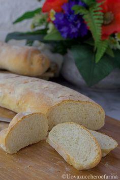 La ricetta per preparare il pane fatto in casa tipo baguette vi darà tanta soddisfazione; prepararlo è semplicissimo, seguite il passo passo fotografico!