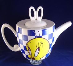 Tweety Bird Teapot Warner Brothers 1996 Blue Checkerboard
