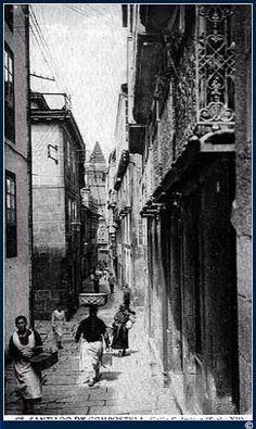 Rúa Xelmírez desde la esquina con Rúa Nova. Foto antigua de Santiago de Compostela