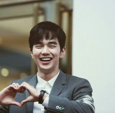 Find images and videos about boy, smile and korean on We Heart It - the app to get lost in what you love. Yoo Seung Ho, So Ji Sub, Incheon, Park Bo Gum Moonlight, Kdrama, Korean Male Actors, Comedy Series, Child Actors, Korean Artist