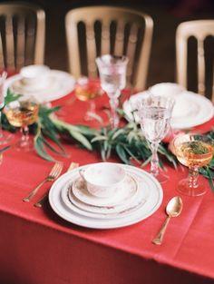 Elegant red table: http://www.stylemepretty.com/illinois-weddings/chicago/2015/06/10/chicago-symphony-orchestra-ballroom-wedding-inspiration/ | Photography: Kristin La Voie - http://kristinlavoiephotography.com/