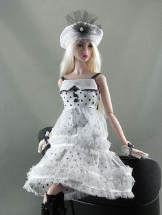 White Lolita by Gwendolyns Treasures, via Flickr