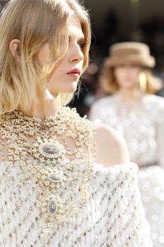 Chanel Ready to Wear Fall - Winter 2016/2017.Model: Ola Rudnicka.