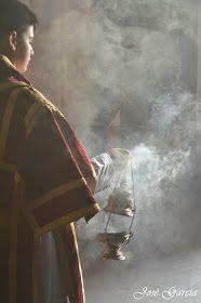LA SEMANA SANTA EN ARAHAL: GALERÍA. Besamanos a la Virgen de las Angustias, Hdad. Esperanza 2014
