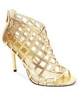 Micheal by Michael Kors gold heels Evening Sandals, Evening Shoes, High Heel Boots, Heeled Boots, High Heels, Kicks Shoes, Wedding Heels, Gold Heels, Queen