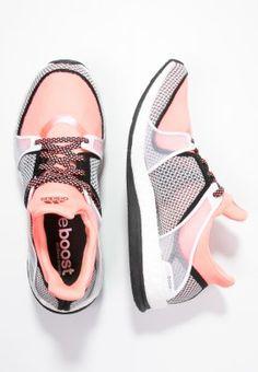 adidas Performance PURE BOOST X TR - Trainings- / Fitnessschuh - core black/sun glow/white - Zalando.de