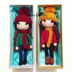 Packed and ready to go! #crochet #crochetlove #crochetdoll #amigurumi #amigurumilove #cute #sew #stitch #yarn #hook #handmade #handicraft #microdoll #micro #miniature #Isabellekessedjian #kessedjian #doll #dollstagram #amigurumidoll #winter #boots #jumper #knitwear #beanie #pompom #scarf #dolls #makersgonnamake #knitting
