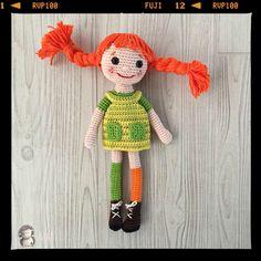 Patrón gratis para realizar una muñeca amigurumi de Pippi calzaslargas.